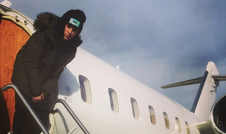 Justin Bieber Buys Private Jet For Christmas Calls It A She Autoevolution