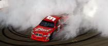 Kahne Passes Harvick for Atlanta Win