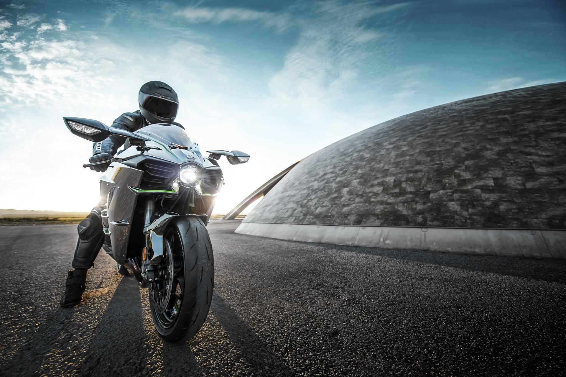 Kawasaki Engines Uk Kawasaki Ninja H Insurance Quotes Are Completely Crazy