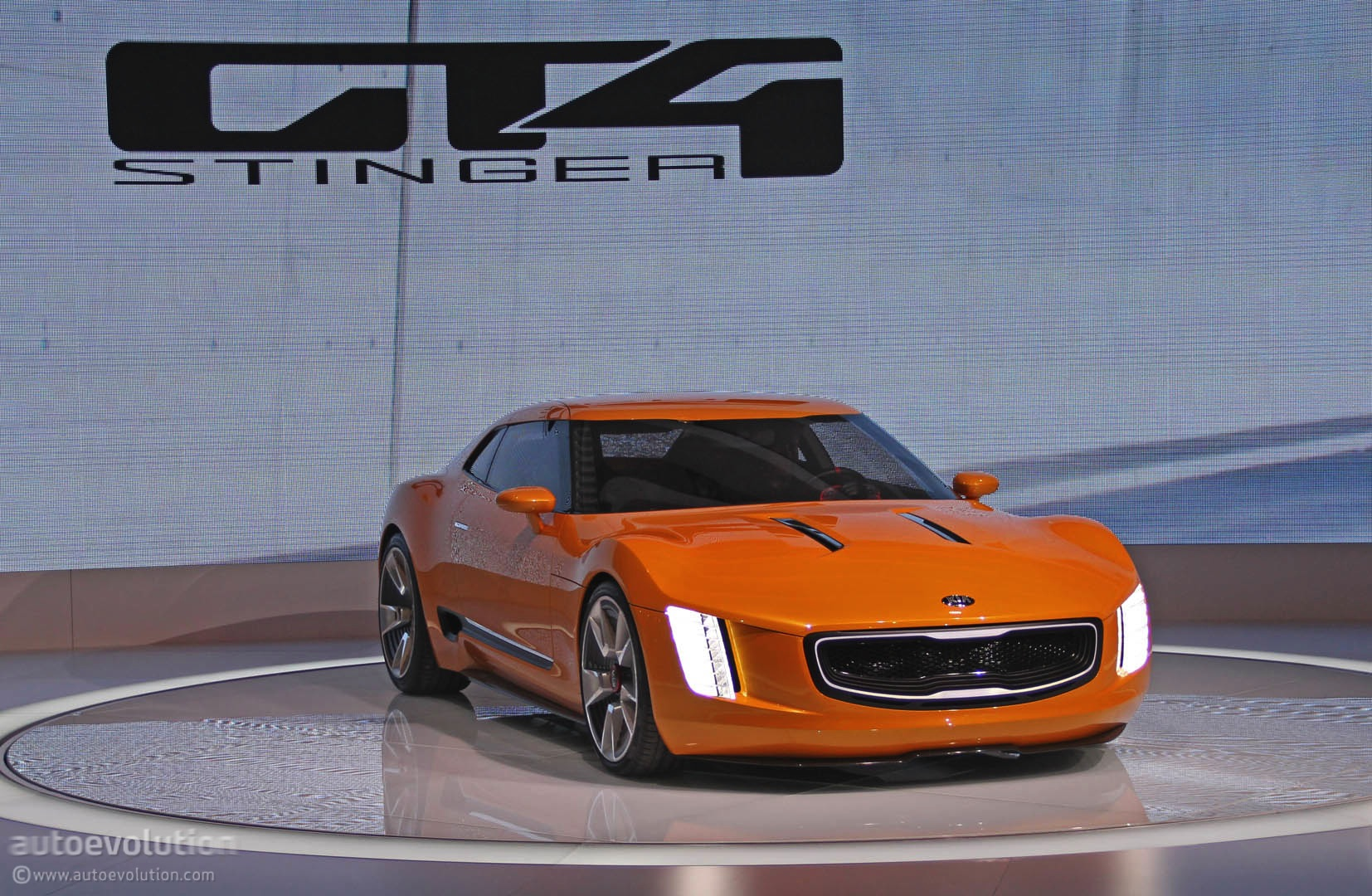 kia gt4 stinger might enter production by 2016 autoevolution. Black Bedroom Furniture Sets. Home Design Ideas