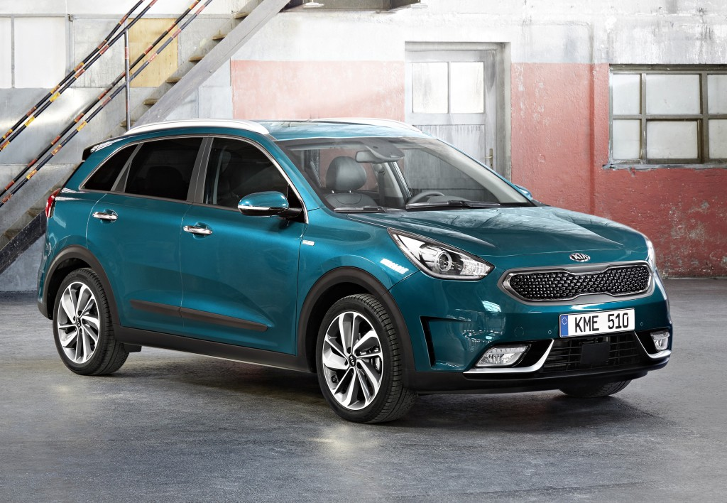 Kia Niro Plug In >> Kia Niro Electric Confirmed For 2018, To Use Hyundai Ioniq Electric's Drivetrain - autoevolution