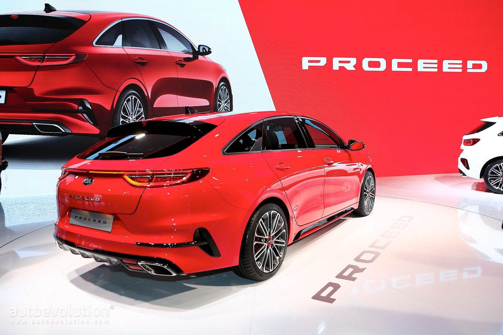Kia Proceed GT is a Shooting Brake You Want, And Can ...