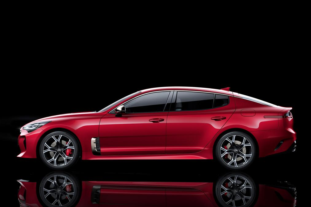 kia stinger ev considered autoevolution. Black Bedroom Furniture Sets. Home Design Ideas