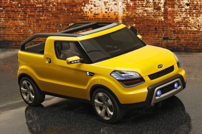 The Open Air Kia Soul Ster Concept Was Recognized As 2009 Truck Of Year At Automotive Hall Fame In Dearborn Michigan