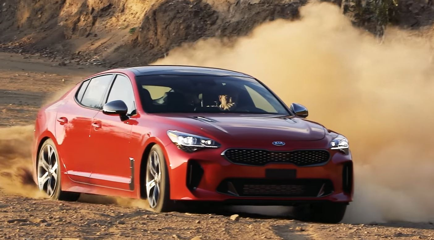 kia stinger gt gets surprisingly positive motor trend. Black Bedroom Furniture Sets. Home Design Ideas