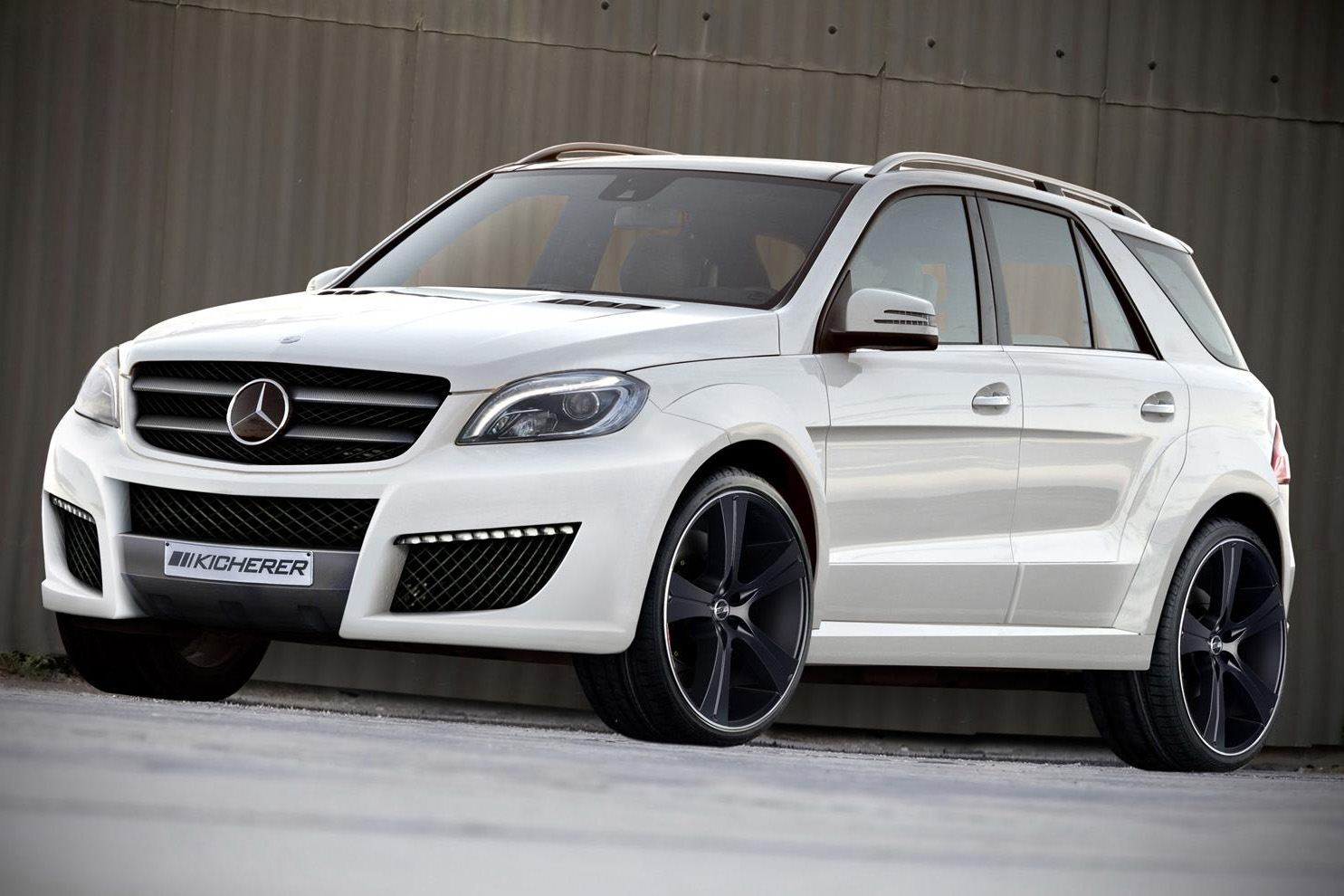 kicherer gives 2012 mercedes benz m class a new look autoevolution. Black Bedroom Furniture Sets. Home Design Ideas