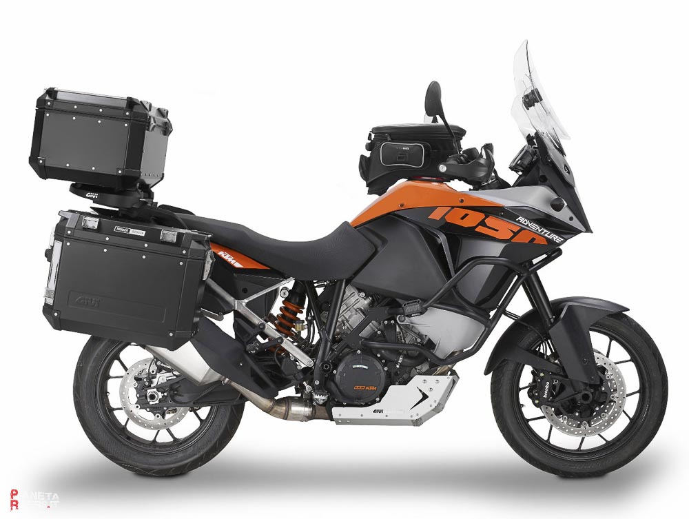 ktm 1050 adventure receives full givi accessory line