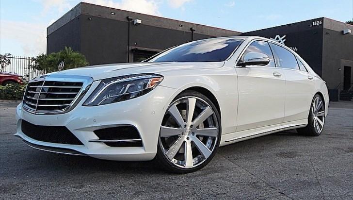 People Who Buy Junk Cars >> LA Dodgers' Erisbel Arruebarrena Gets His Mercedes-Benz S550 to the Shop - autoevolution