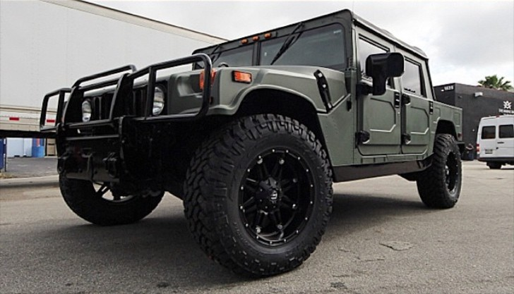 L a dodgers juan uribe upgrades his fleet with a custom built hummer h1 autoevolution