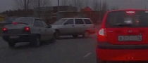 Lada Estate Driver Does Not Look Both Ways [Video]