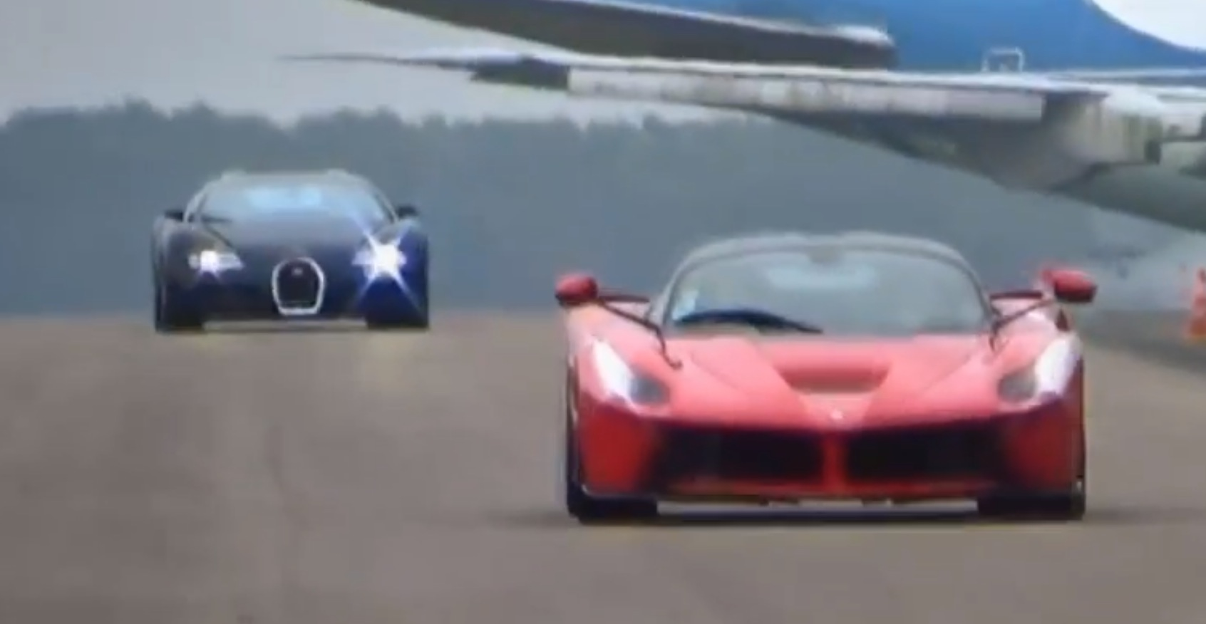 Laferrari Beats Bugatti Veyron In Drag Race Autoevolution