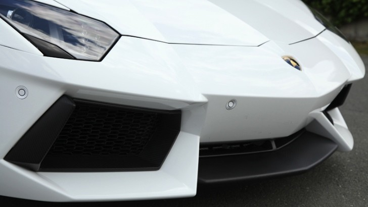 Lamborghini Aventador Carbon Fiber Parts by Capristo [Photo Gallery]