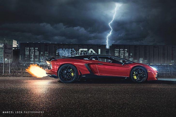 Lamborghini Aventador Flaming Exhaust Battles Lightning