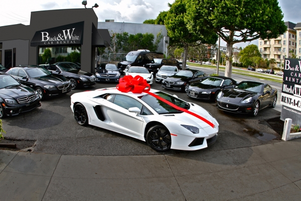 Nissan Car Dealership Hollywood