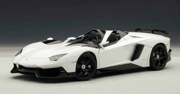 Lamborghini Aventador J 1:18 Scale Model [Photo Gallery]