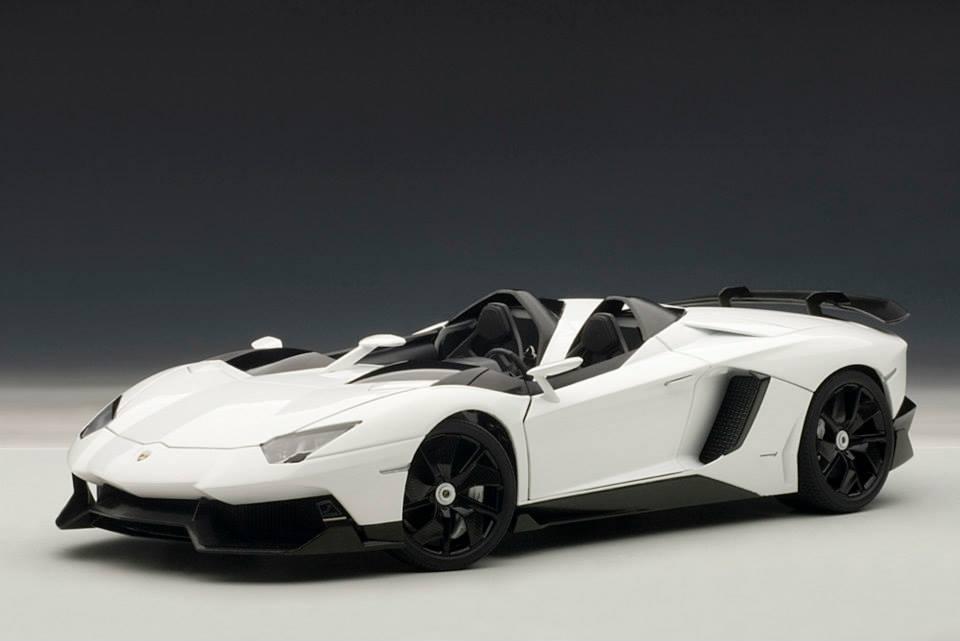 Lamborghini Aventador J 1 18 Scale Model Autoevolution
