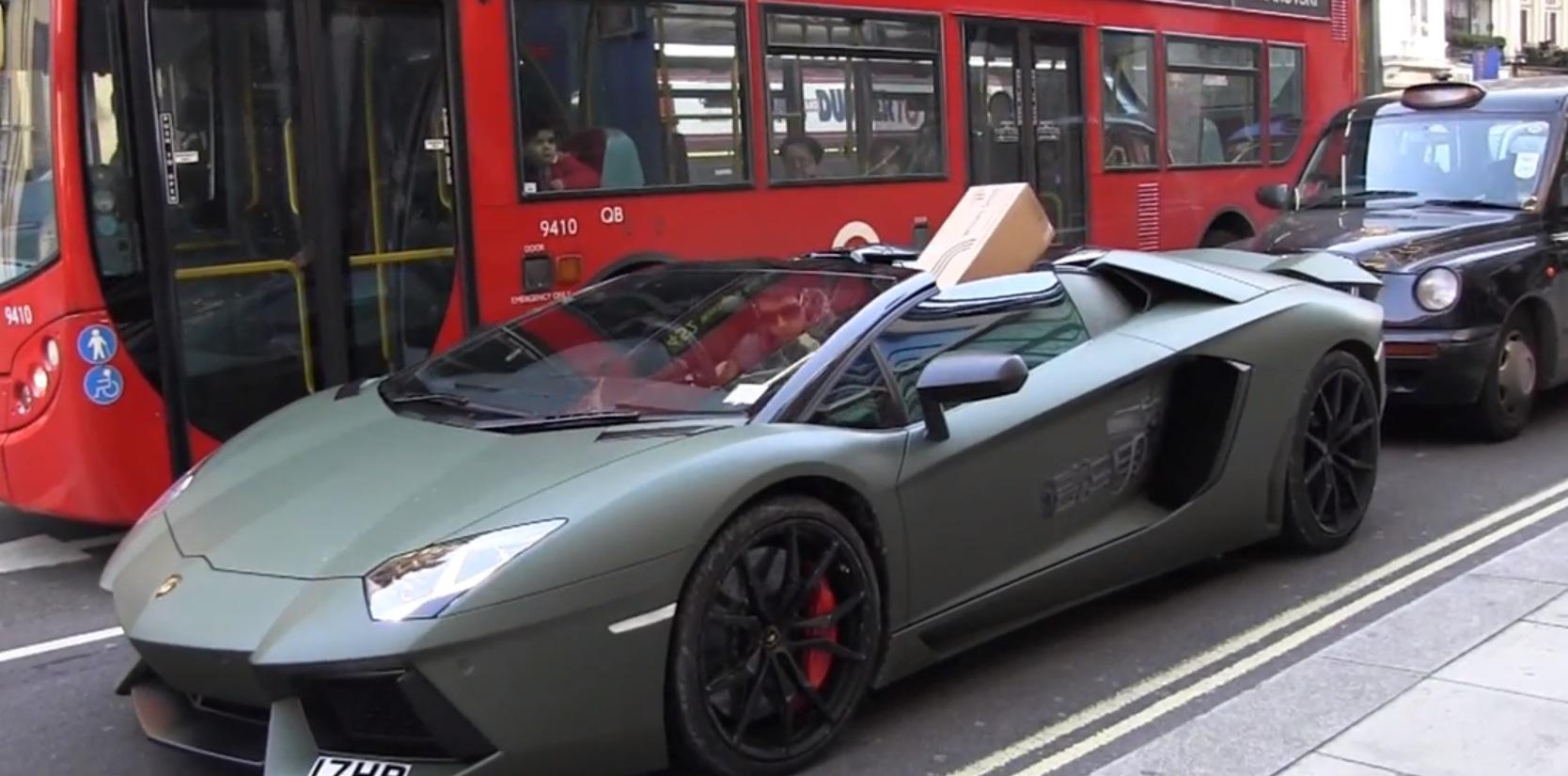 Lamborghini Aventador Roadster Hauling Christmas Presents