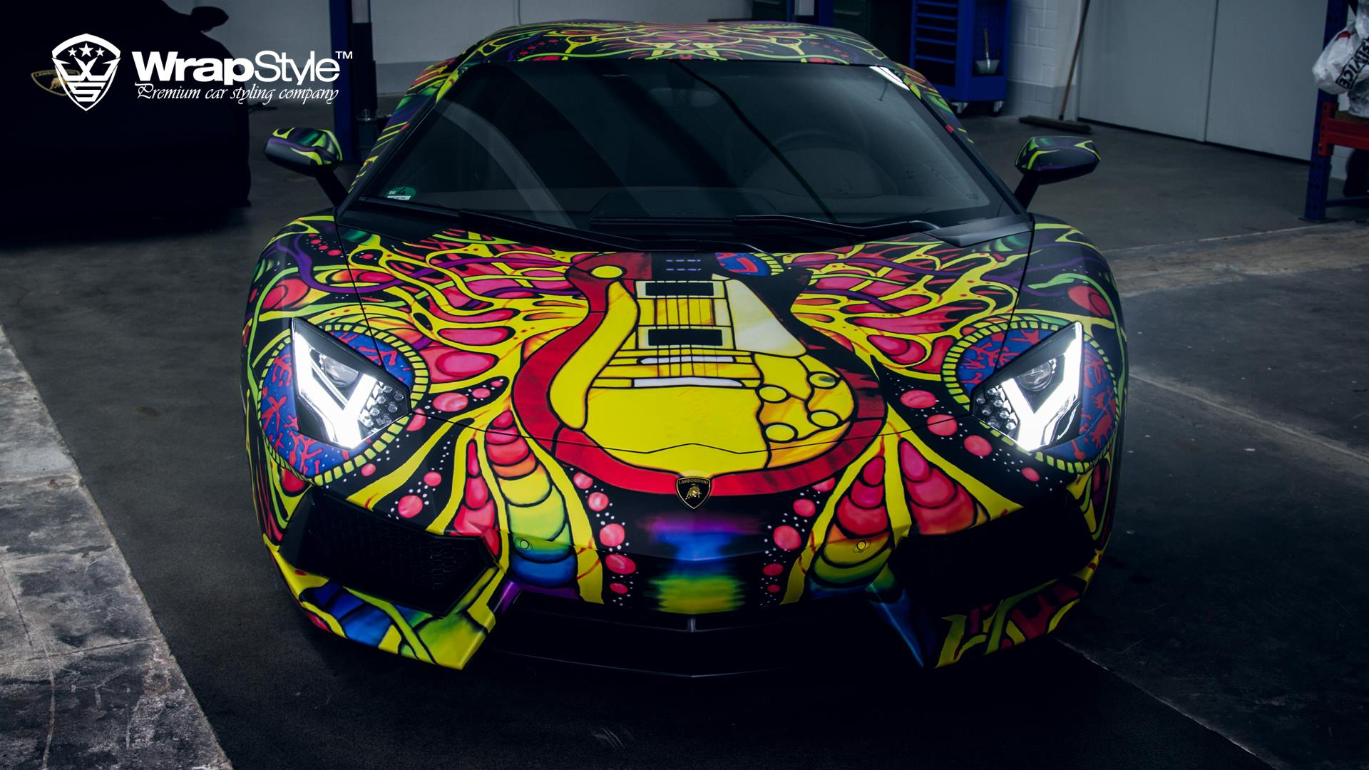 Lamborghini Aventador With Psychedelic Wrap Looks Like An Art Car Video]    Autoevolution