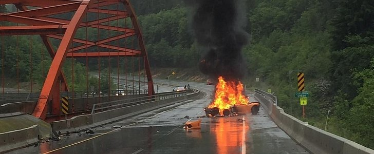 Lamborghini Burns To Ashes On The Sea To Sky Highway