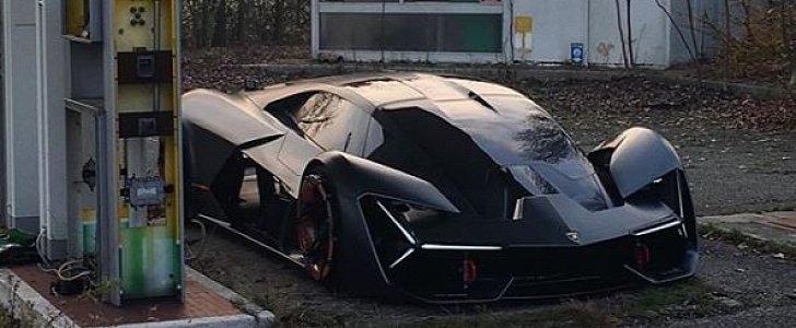 Sant Agata Bolognese Lamborghini Design Boss Takes Terzo Millennio Out To Play Autoevolution