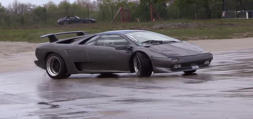 Lamborghini Diablo Owner Drifting The Supercar Offers Quick