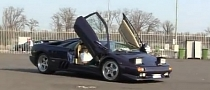 Lamborghini Diablo VT with Custom Exhaust Screams [Video]