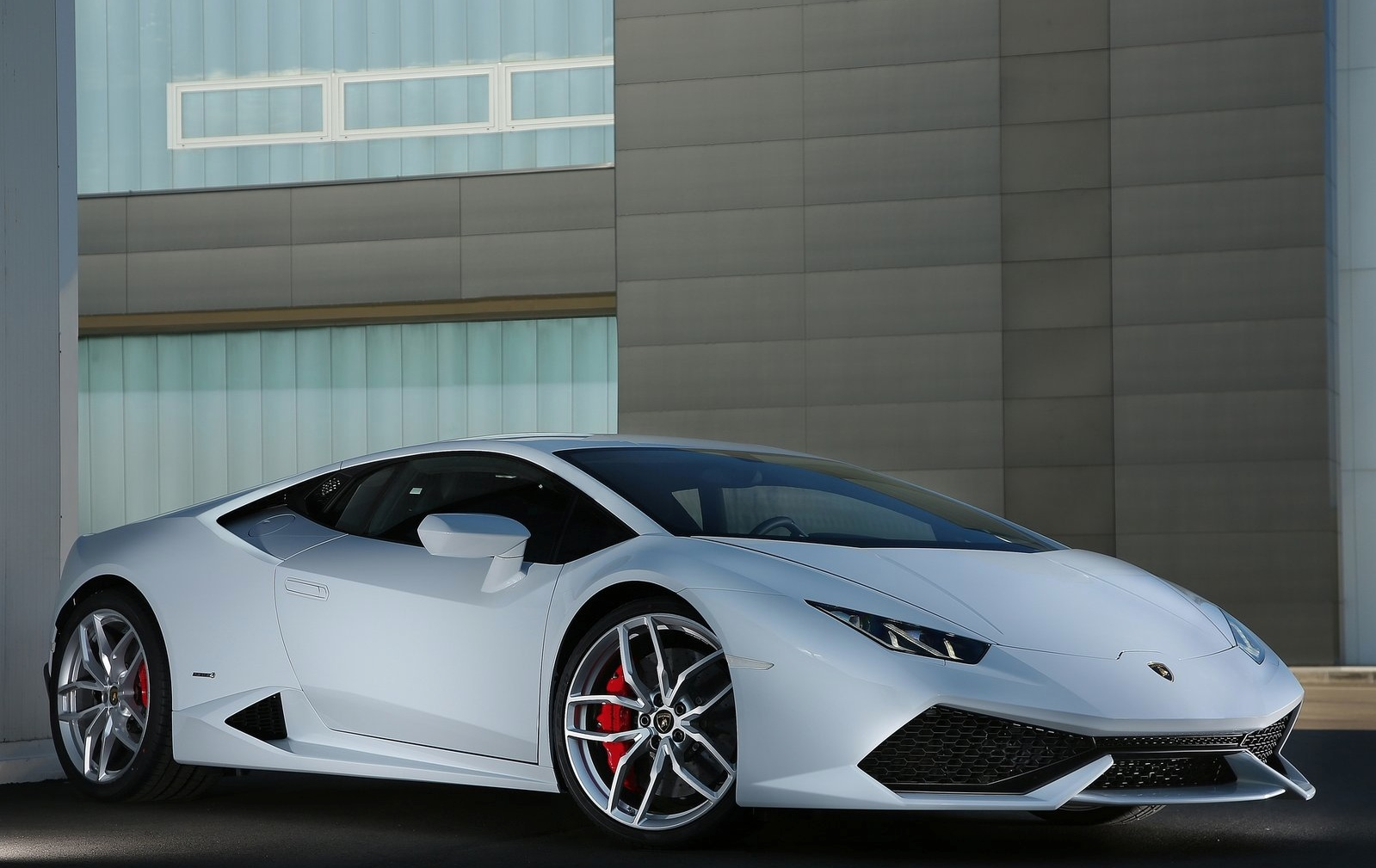 Lamborghini Explains Why It Will Not Offer A Hybrid
