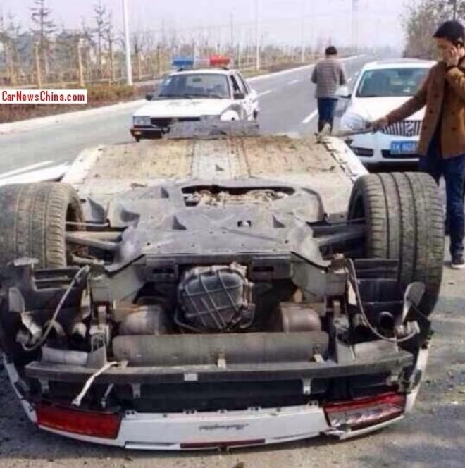 Lamborghini Gallardo Shows Us Its Underbody In Chinese