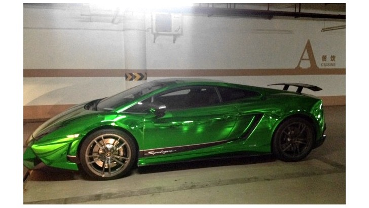 Lamborghini Gallardo Superleggera Gets Green Chrome Wrap in China