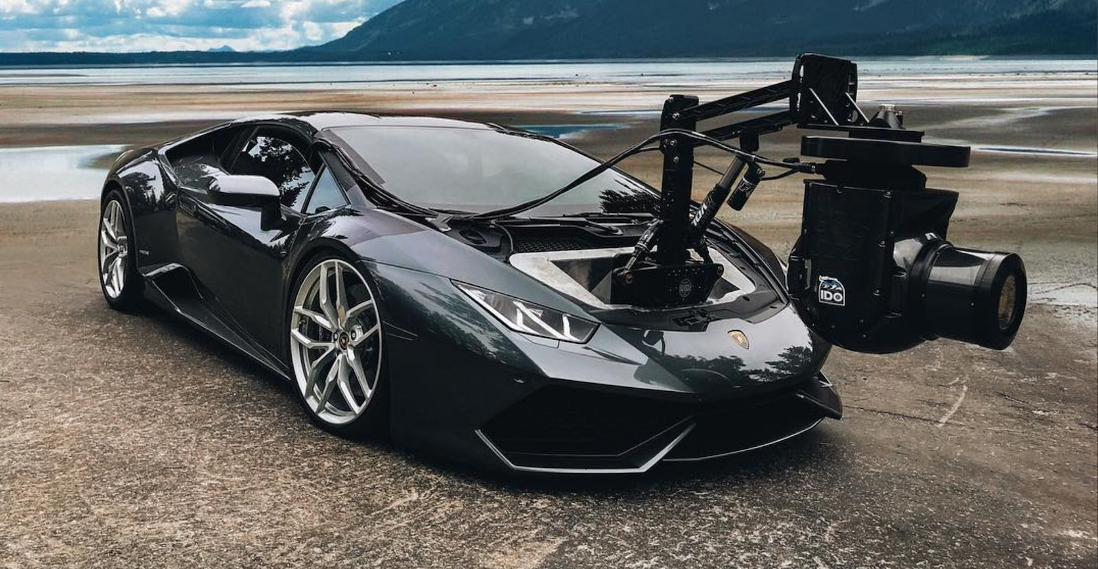 Lamborghini Huracan Gets A Giant Front Mounted Camera Autoevolution