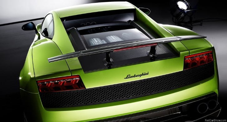 Lamborghini Planning a Last Stripped-Out Gallardo