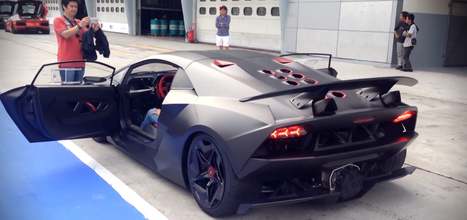 Lamborghini Sesto Elemento Track Footage Sets Your Pants On Fire Autoevolution