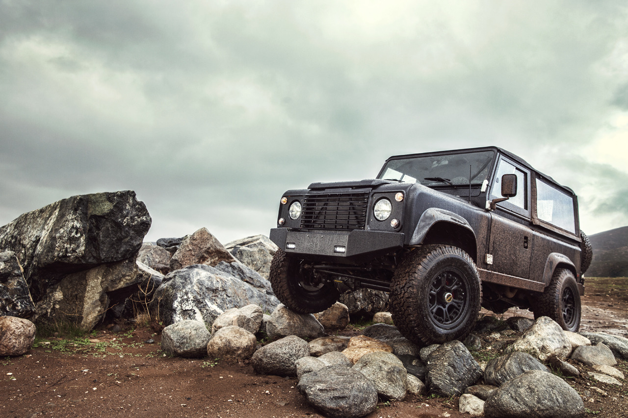 Land Rover Defender 90 Gets Restomodded By Icon Video