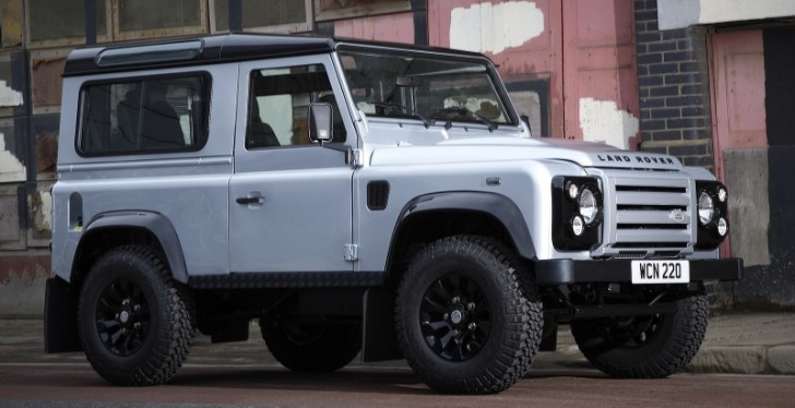 Land Rover Defender to Star in Skyfall Bond Movie