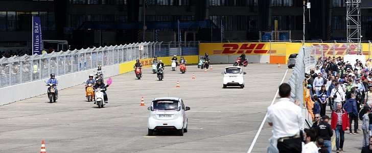 toyota rush solar with Largest Ev Gathering At Berlin Eprix Is Recognized As World Record Photo Gallery 102807 on Power Steering Kedah furthermore 41697 Good Highway Speed Best Mpg 2 further Largest Ev Gathering At Berlin Eprix Is Recognized As World Record Photo Gallery 102807 together with Dompet Kunci Kulit Hitam Toyota Alphard Avanza Innova Rush Fortuner together with Vloede In Bc.