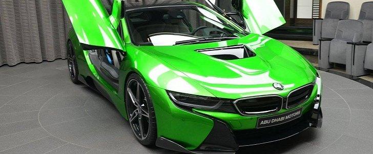Lava Green BMW i8 Revealed in Abu Dhabi