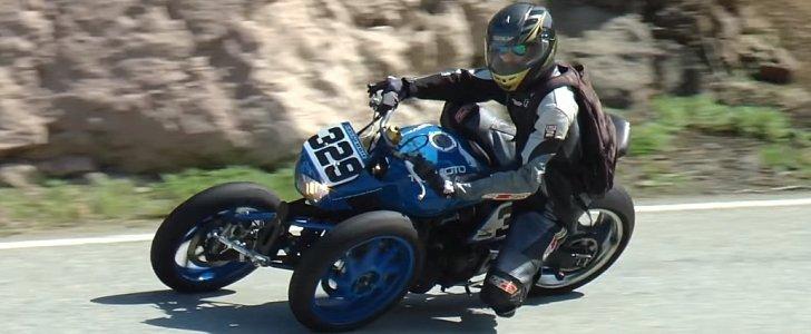 Leaning Three Wheel Kawasaki Z1000 Spells Fun Around The Bends