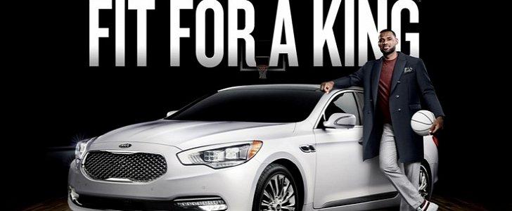 Lebron James Drives Kia K900 To Collect 10 Million Dollar