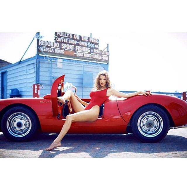 Legendary Porsche 550 Looks Better With Playmate Alyssa Arce Next To It Autoevolution