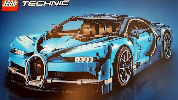 lego bugatti chiron leaks online looks ready to roll. Black Bedroom Furniture Sets. Home Design Ideas