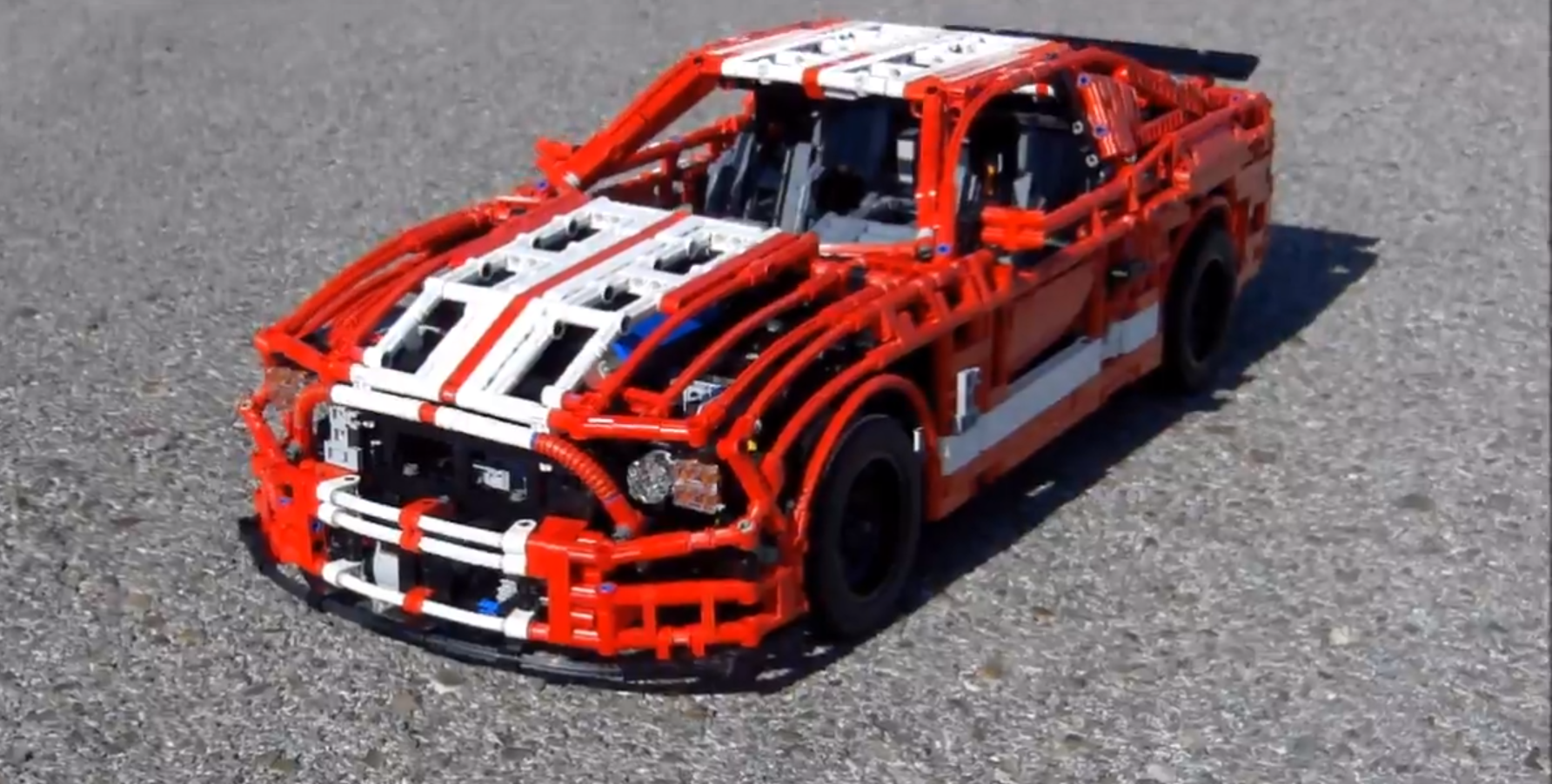 Lego Expert Creates Ford Mustang Shelby Gt500 Scale