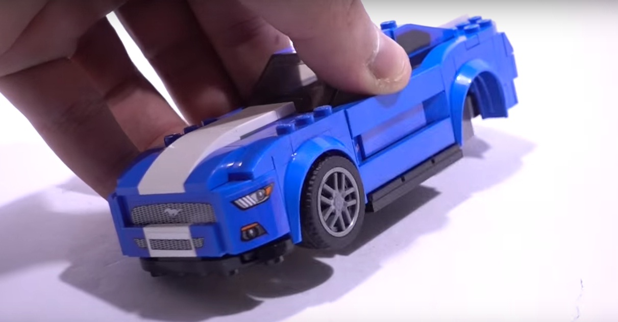 how fast can you build ford 39 s lego mustang gt autoevolution. Black Bedroom Furniture Sets. Home Design Ideas