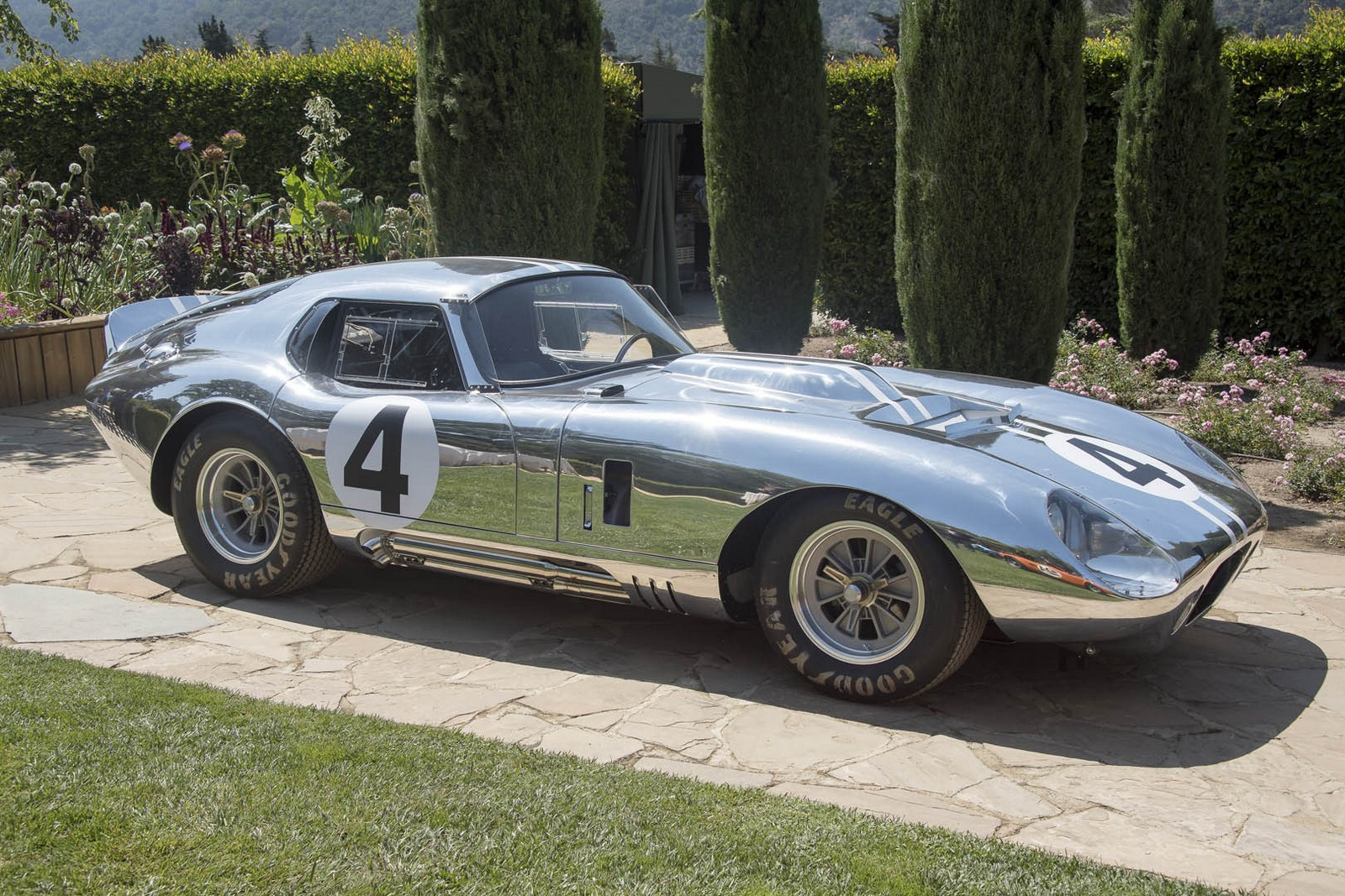 Cobra Kit Car Price >> Lengthened Shelby Daytona Coupe 427 Going Into Limited Production - autoevolution