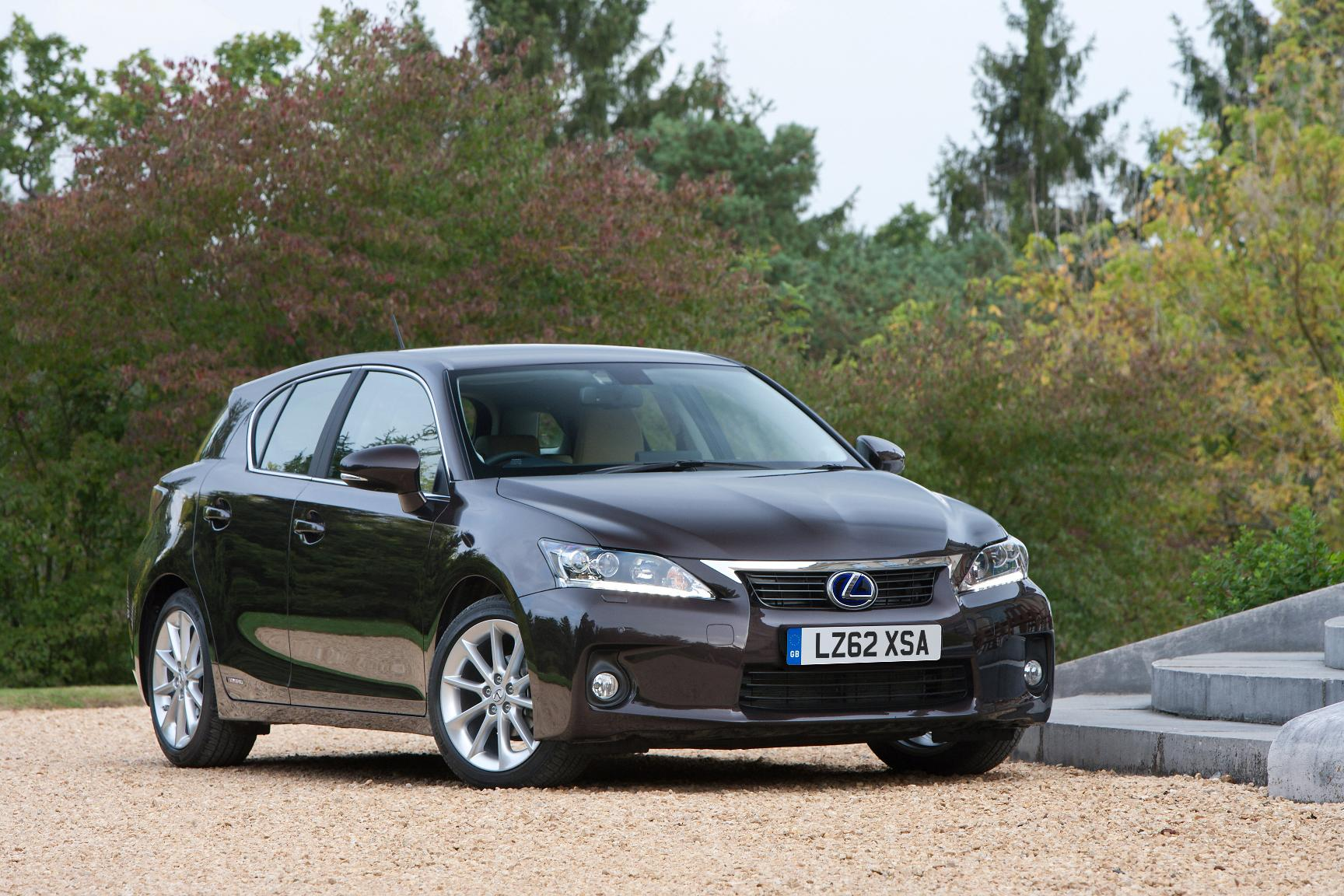 Lexus CT 200h Advance Launched in the UK Priced at £24 995
