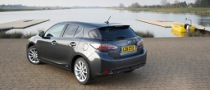 Lexus CT 200h Uses Gentex RCD Mirrors