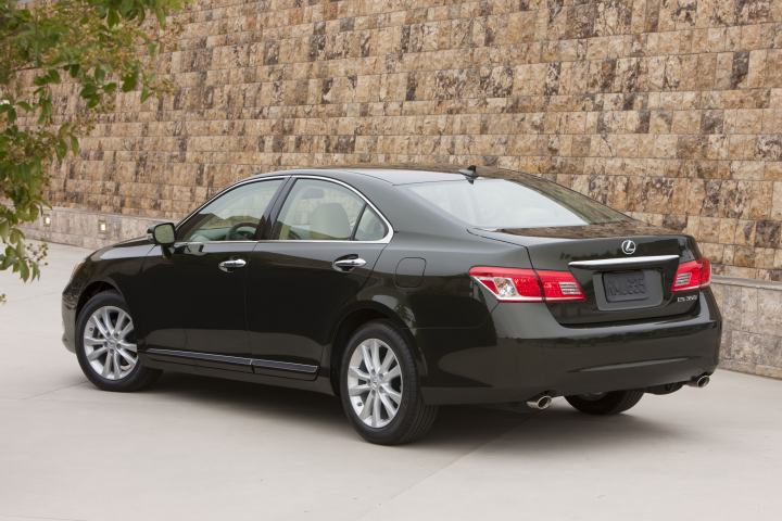 lexus es 350 gets new exterior color for 2012 autoevolution. Black Bedroom Furniture Sets. Home Design Ideas