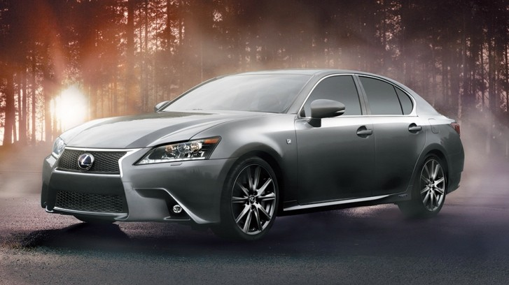 Lexus GS 300h Available for Test Drive in Japan