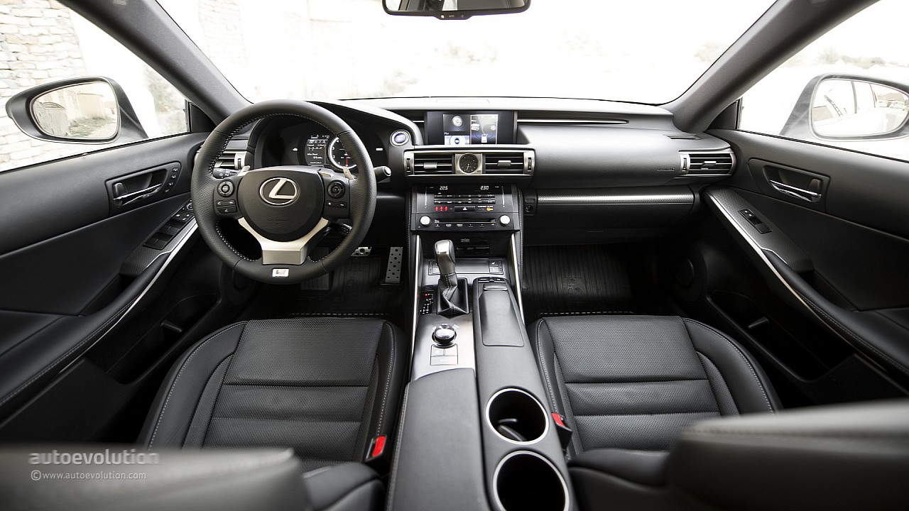 lexus is 300h f sport original pictures autoevolution. Black Bedroom Furniture Sets. Home Design Ideas