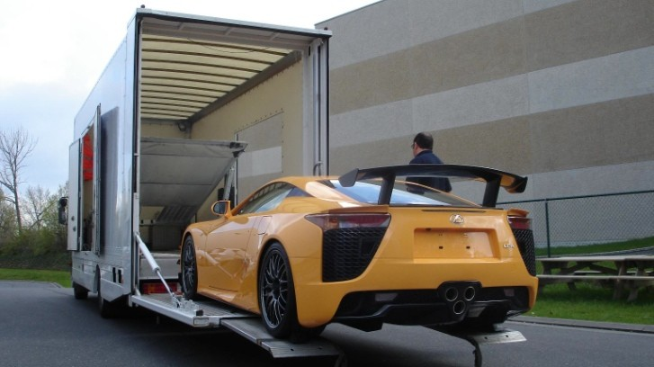 Lexus LFA Nurburgring: First Unit in Europe Goes to the UK