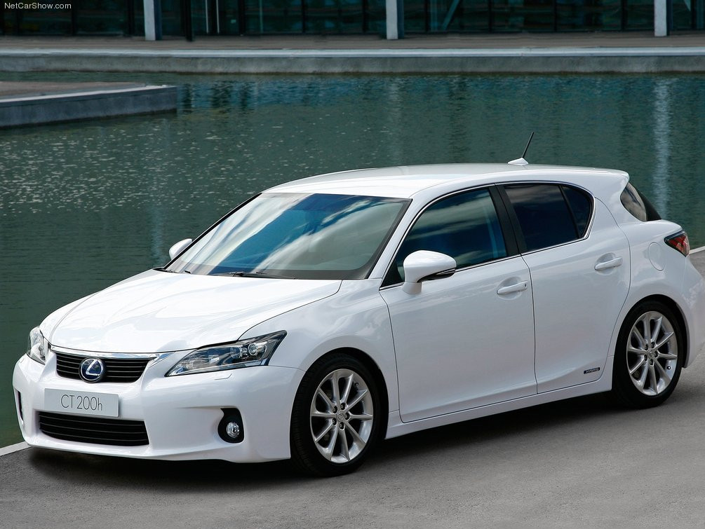Lexus Wants To Sell 1 000 Ct 200h Hatches A Month